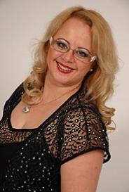 Almássy Éva társkereső szakértő képe